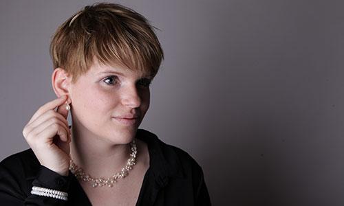 NW-Fotodesign-Produktfotografie-Schmuck-Frau
